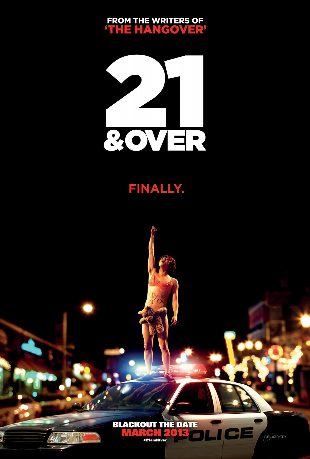 21 and over tráiler: primera birra.